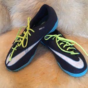 Nike Shoes - Nike Hypervenom X Indoor soccer shoes. Size 6